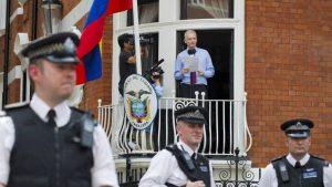 Эквадор не сумел договориться с Великобританией по делу Ассанжа