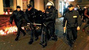Мигранты из Украины и Грузии напали на полицейских в Польше
