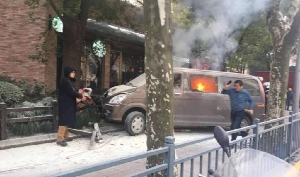 автобус сбил пешехода в волгограде стражи пропустили