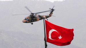 Курдские повстанцы сбили вертолет ВВС Турции
