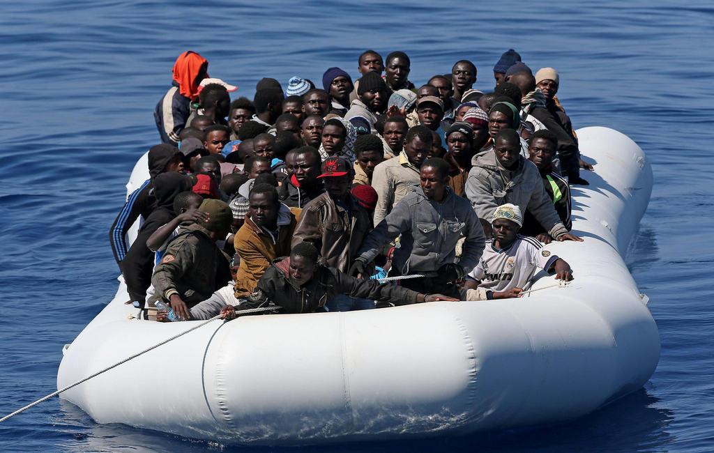 Migrant-ship.jpg
