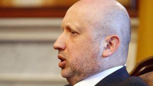 Расследование в отношении Турчинова возобновлено