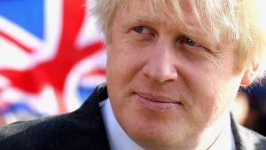 Министры покидают правительство Мэй из-за разногласий по Brexit
