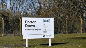 РФ просит прояснить, чем занимается британская химлаборатория Портон-Даун