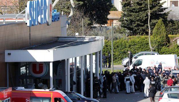 ВоФранции схватили сообщницу террориста изсупермаркета