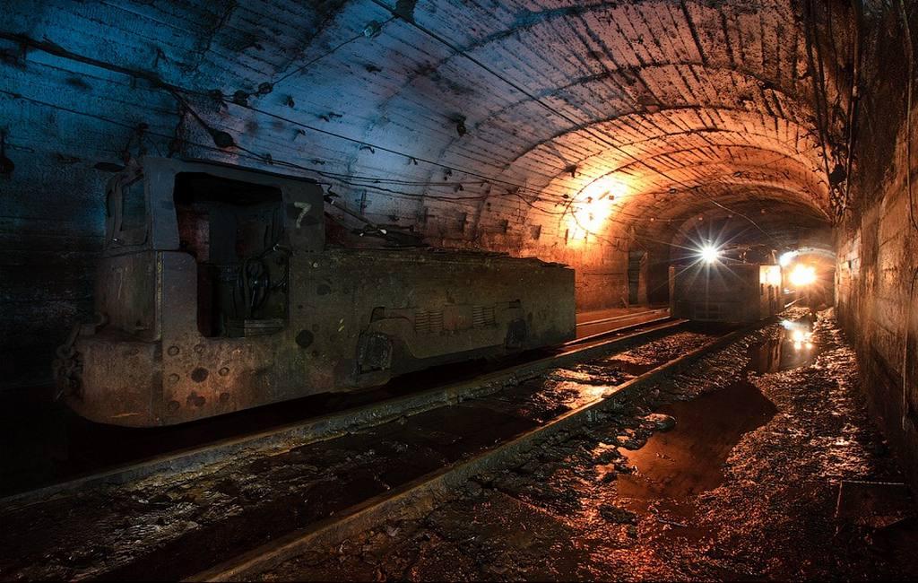 Вгосударстве Украина 240 горняков остались вшахте после отключения электричества