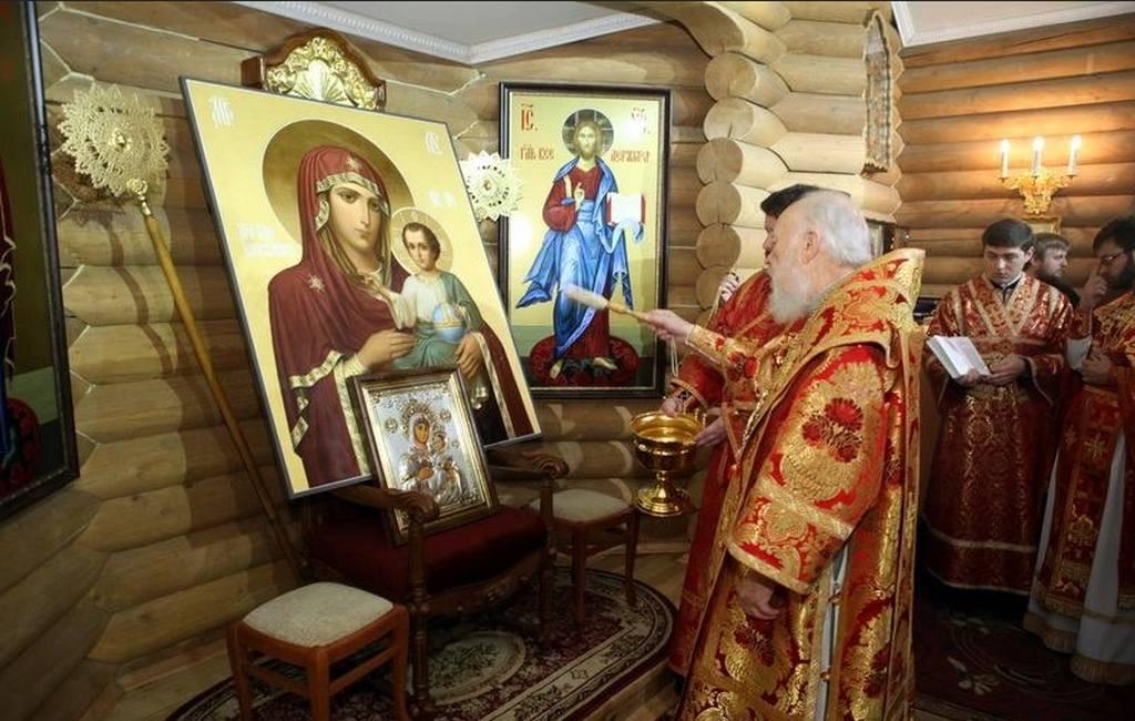 ВКиеве подожгли храм Московского патриархата