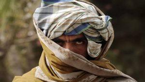 В Афганистане талибы напали на военных