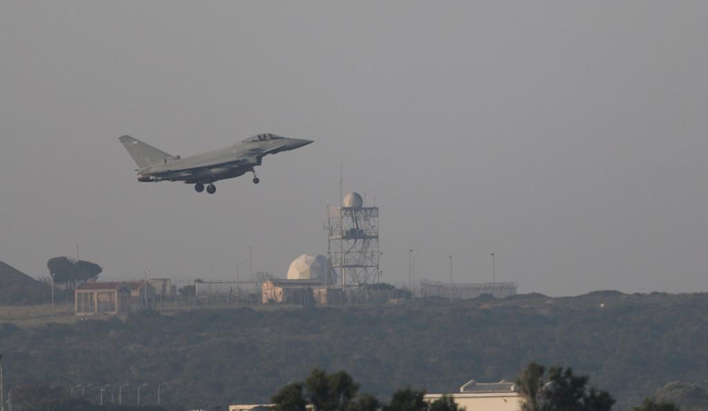 Власти Израиля закрыли воздушное пространство над Голанскими высотами