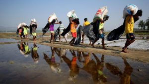 Беженцы-рохинджа возвращаются в Мьянму