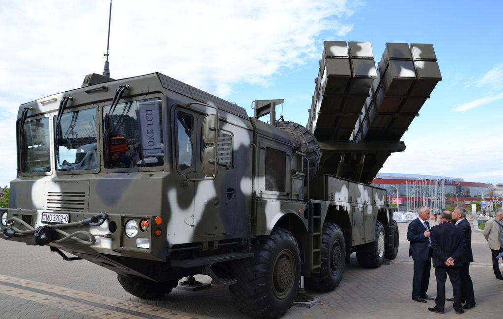 Белоруссия готова начать продажи за рубеж реактивных систем залпового огня «Полонез»