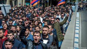 Власти Армении обвинили оппозиционеров в провокации столкновений