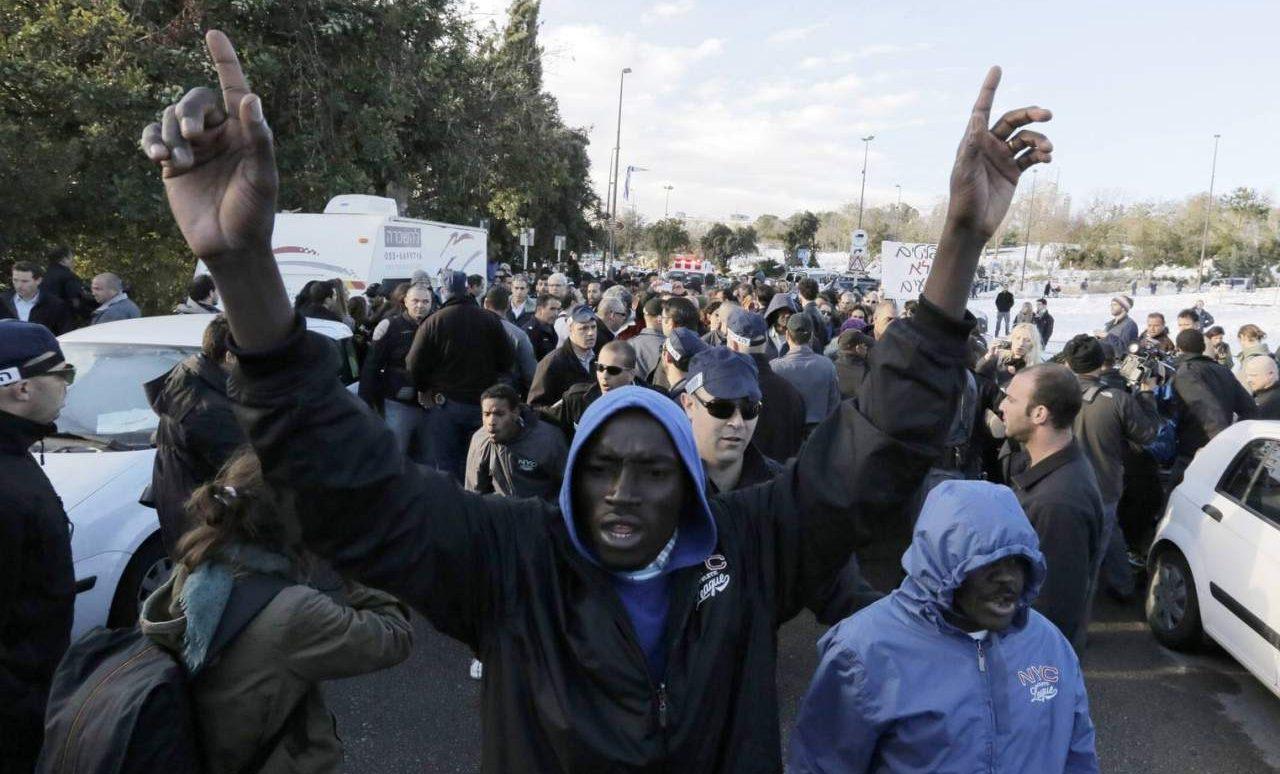 Руководитель WFP: ИГИЛ* замышляет новейшую волну миграции вЕвропу