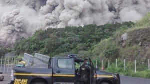 В Гватемале при извержении вулкана погибли 25 человек