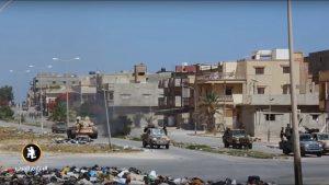 Ливийскую Дерну освобождают силы Хафтара