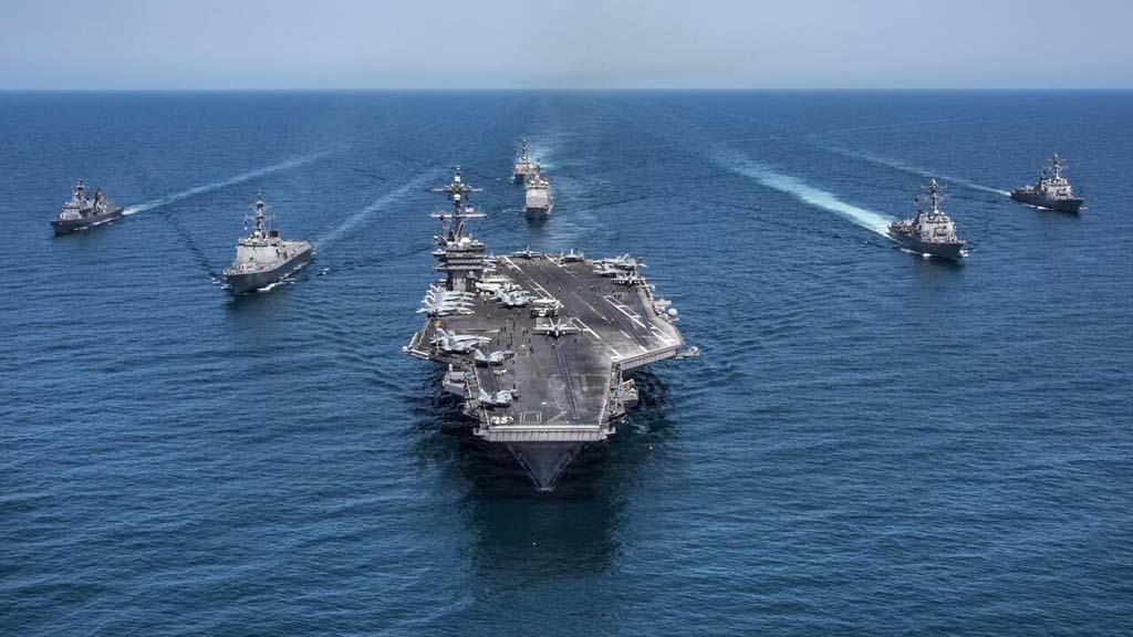 США вернули авианосную группу к берегам Сирии