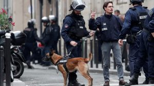 Захвативший заложников в Париже обезврежен