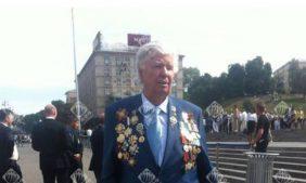 Отец декоммунизатора Порошенко «назначил» себя Героем Советского Союза