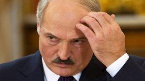 Лукашенко: Беларусь может войти в состав другой страны