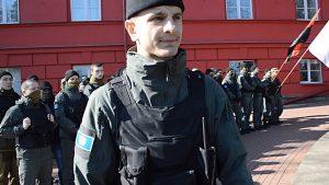 Главарю «С14» Сергею Мазуру вручили подозрение в цыганском погроме