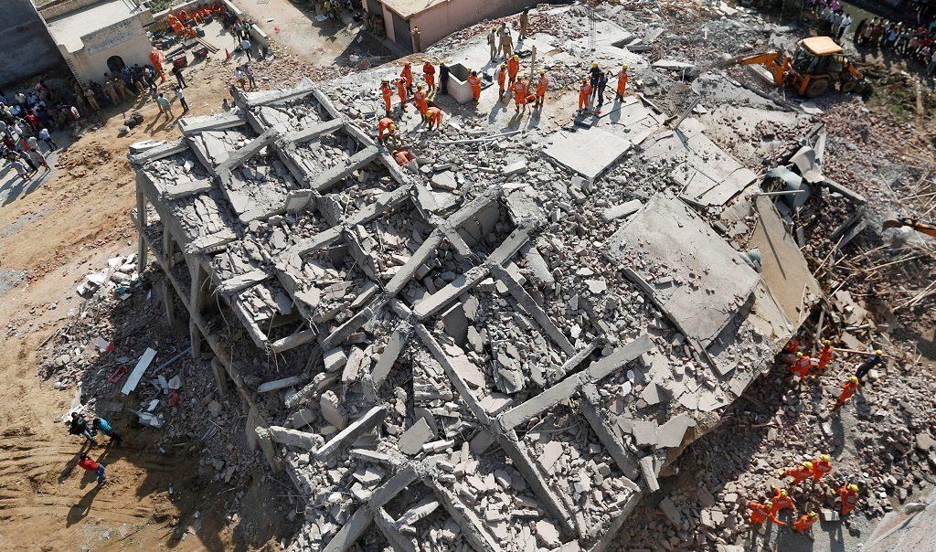 Многоэтажный высотный дом обвалился вИндии: необошлось без жертв