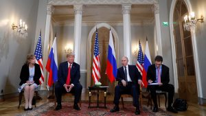 Демократы США призывают допросить переводчика Трампа о беседе с Путиным