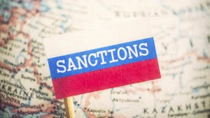 Зеркальный выстрел по санкциям Украины готовится Москвой — Азаров
