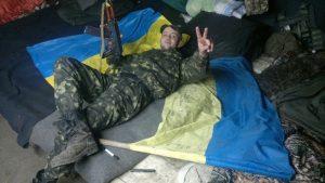 Дорогие армейские укрепления нашли на мусорнике в Днепропетровской области