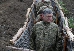 Смирился: У Порошенко «запрашивают» дань с России за потерю Донбасса и Крыма