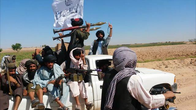 ВАфганистане при атаке талибов погибло 17 военных