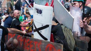 ФБР: за беспорядками в Шарлотсвиллле могла стоять Россия