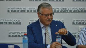 Экс-глава минобороны Украины уверен, что победит на выборах президента