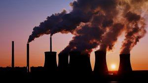 Трамп снизит экологические ограничения для предприятий США