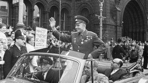 Сталинизация и десталинизация