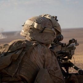 Боевики ИГ атаковали силы курдов и США близ Хаджин