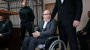 Полтавский суд временно отказывается рассматривать дело мэра Харькова