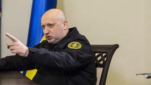 Турчинов собрался объединить протестантов Украины