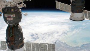 «Роскосмос» обещает «пересменку» космонавтов в свете возможной консервации МКС