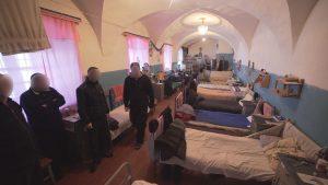 Мест нет: Убийцу оставили на воле по причине загруженности украинских тюрем
