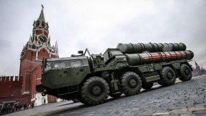Полк ЗРК С-400 досрочно передан Минобороны России
