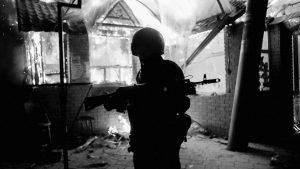 Дезертиры ВСУ с оружием десятками тысяч покидают окопы карательной «ООС» в Донбассе