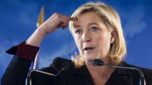 Посол Франции был вынужден извиниться перед Сербией из-за оскорбления Вучича
