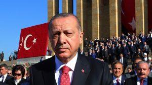 Двойные стандарты Эрдогана: требует наказать виновных в смерти Хашкаджи, но давит на прессу