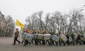 Скачки на Евромайдане довели Руину до статуса страны третьего мира
