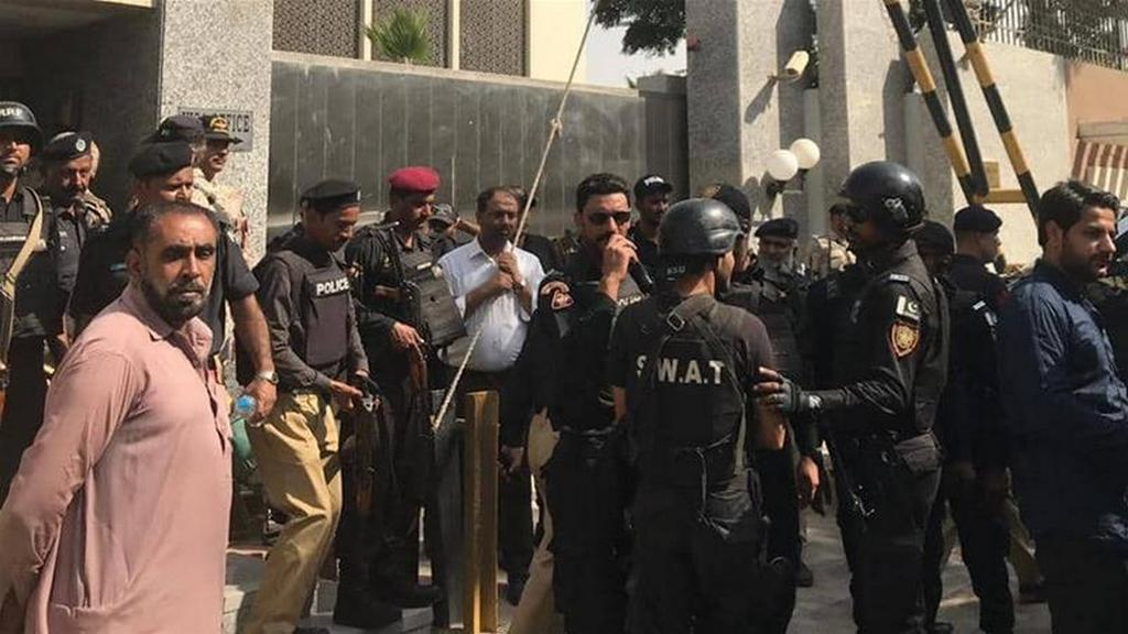 В Пакистане террористы напали на китайское консульство