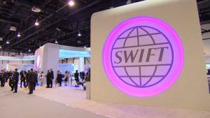 Заставят ли Россию покинуть систему SWIFT?