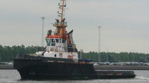 Филиппинские пираты напали на индонезийский буксир