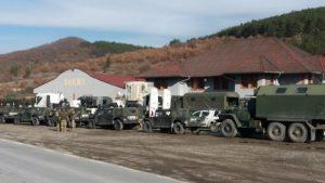 KFOR перебрасывает силы и технику на границу Косова с Сербией