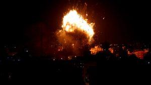 Израиль нанёс ответные авиаудары по позициям ХАМАС в Секторе Газа