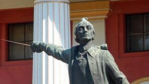 Швейцария забрала снесённый Киевом памятник Суворову